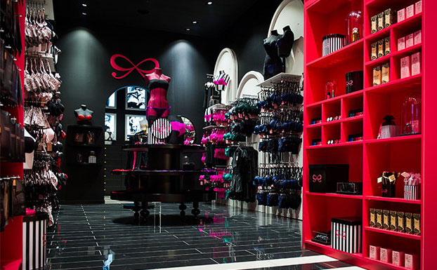lingerie retail