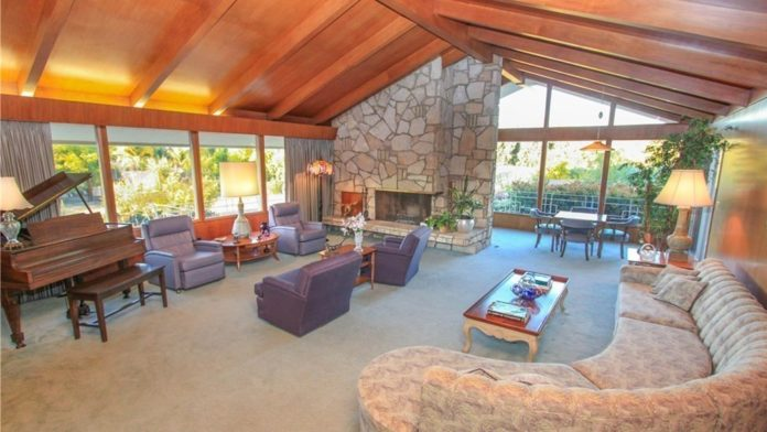 boogie nights house sold
